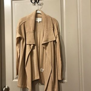 Beautiful cardigan with pockets Size Small